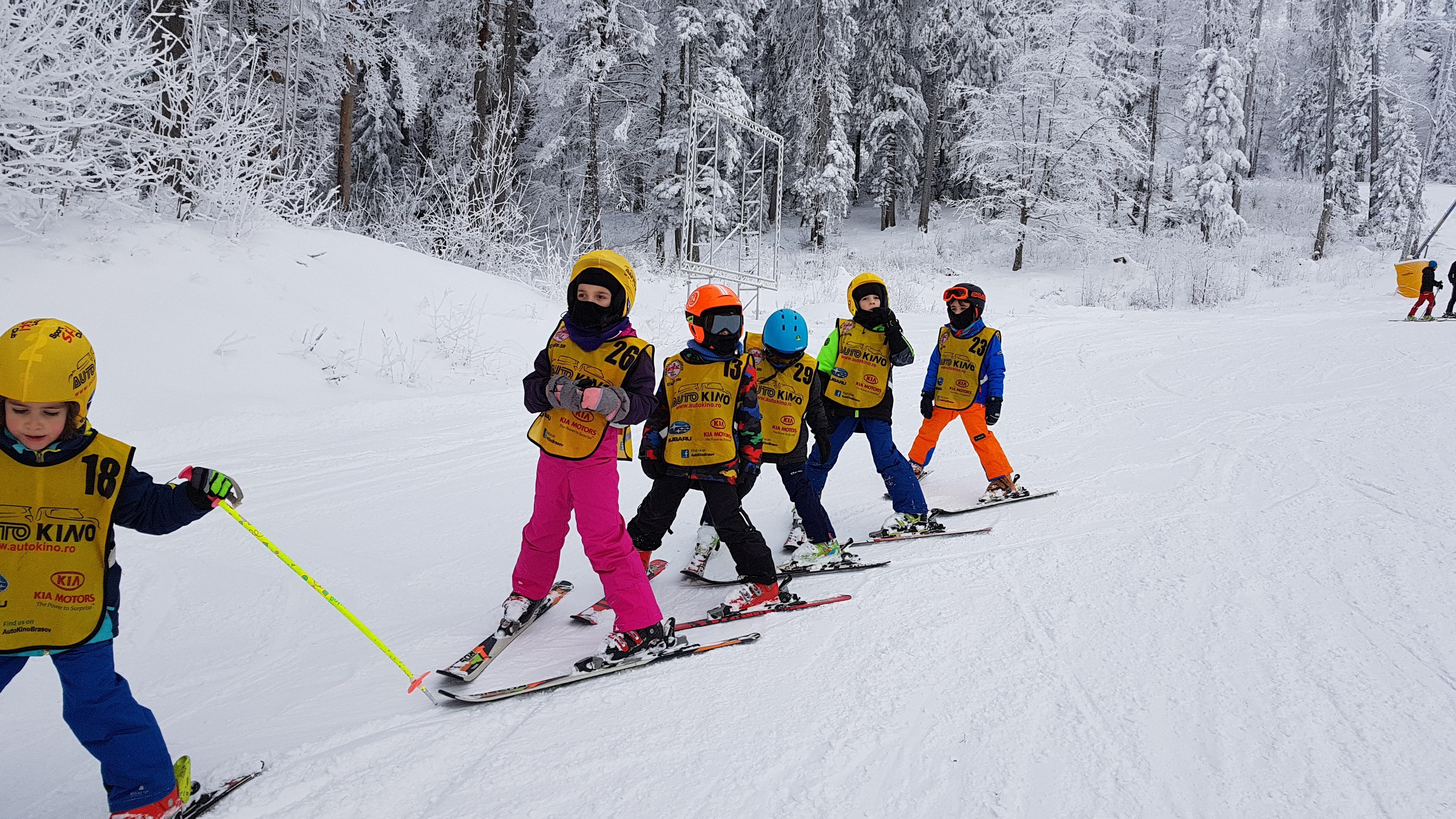 Cursuri de ski pentru pitici