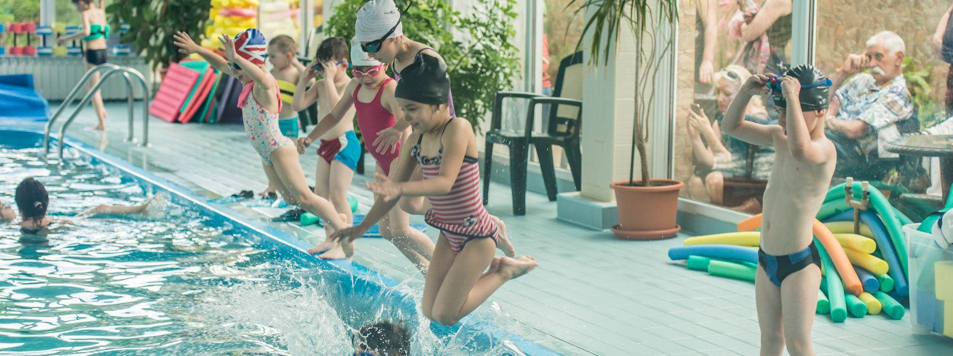Cursuri de inot pentru copii | Sport Ski Club | Brasov
